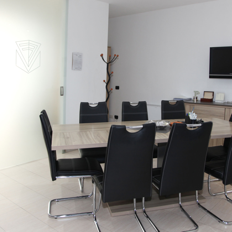 financial-mutui-varese-credito-immobiliare-foto-sede-varese-2-©-2021-luisa-papa-aimaproject-sa